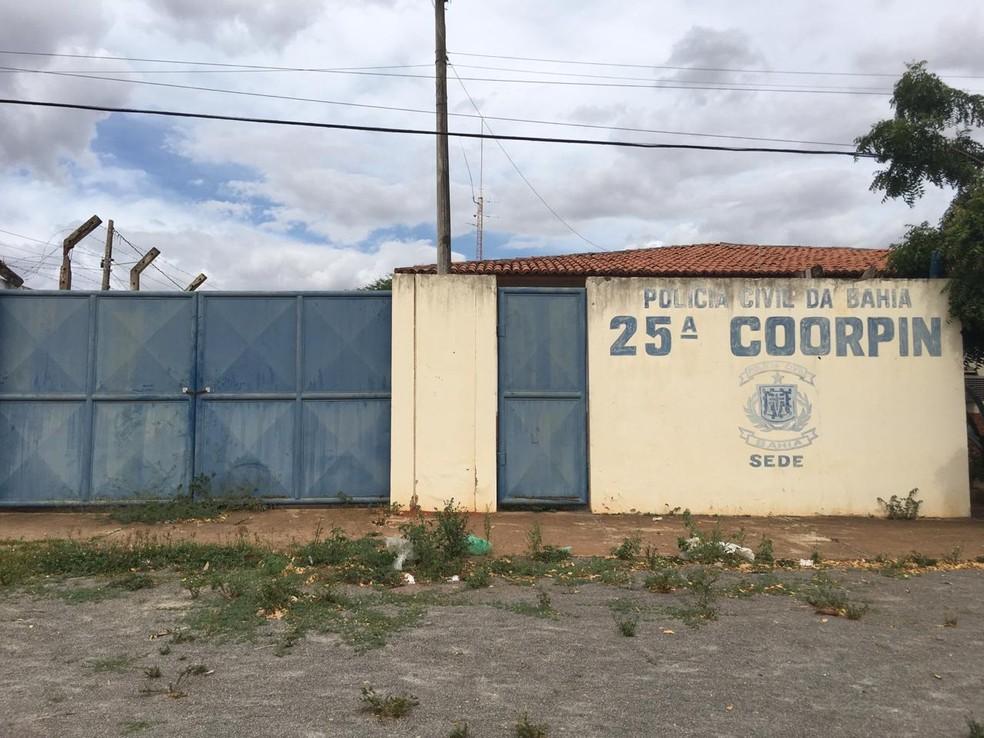 Homem foi preso por agentes da 25ª Coorpin, em Euclides da Cunha — Foto: Alan Oliveira/ G1